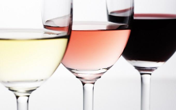 鉴定葡萄酒词汇: 弱的(faible),平淡的(neutre),无味道的(fade),贫乏